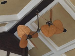 ceiling-fan-in-living-room