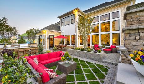carnegie-courtyard