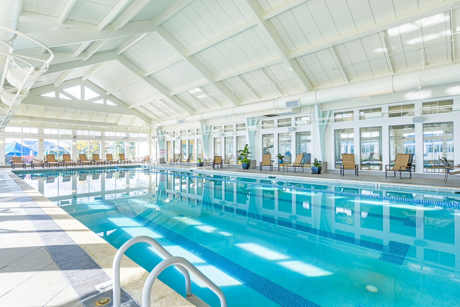 Outdoor Indoor Wave Pools At The Peninsula